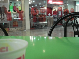 Lalakas ang negosyo sa paggamit ng Filipino.