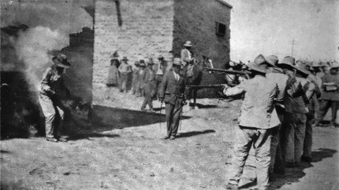 Larawan ng pagbaril sa kaaway, Mexico, 1916. Dominyo ng publiko at hango sa Wikimedia Commons.